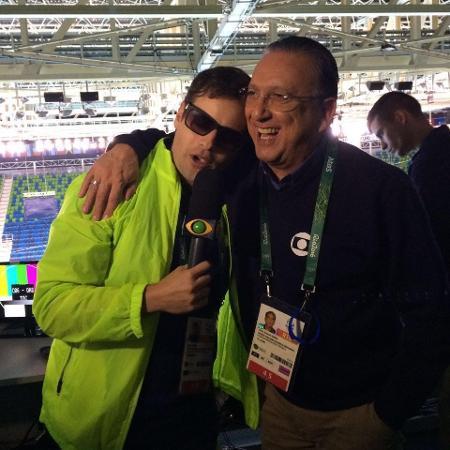 O repórter Vesgo, da Band, e o narrador Galvão Bueno, da Globo, em entrevista para o Pânico - Divulgação