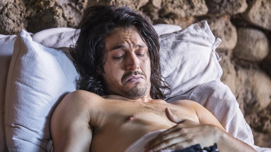 """Afonso piora em """"Deus Salve o Rei"""" - Reprodução/Gshow"""