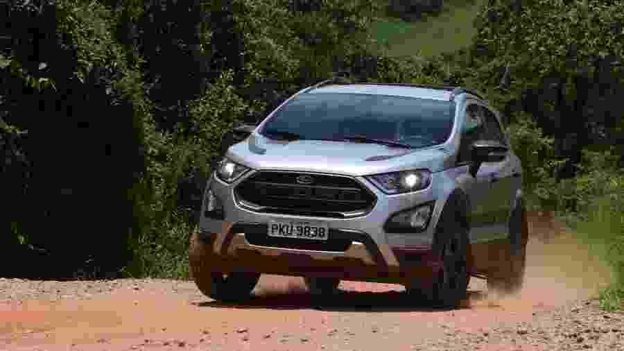 Equipada com motor 2.0 flex, a versão Storm do Ford EcoSport lidera o ranking de alto consumo na respectiva categoria - Murilo Góes/UOL