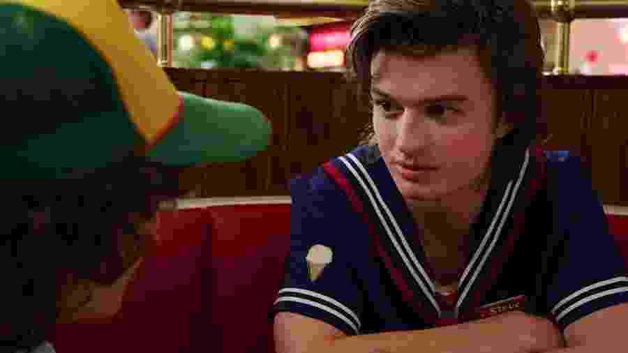 Joe Keery como Steve na terceira temporada de Stranger Things - Divulgação/IMDb