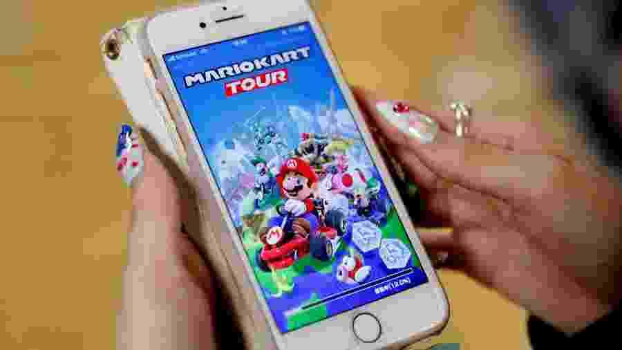 Jogar game no celular com internet móvel não é lá muito bom para brasileiros - Kim Kyung-Hoon/Reuters