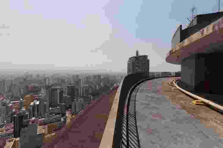 Terraço do Edifício Copan, em setembro de 2013 - Thays Bittar/Folhapress - Thays Bittar/Folhapress