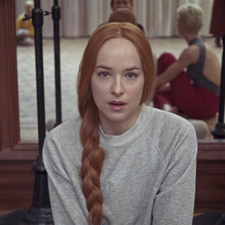 """Atriz Dakota Johnson em cena de """"Suspiria"""" - Reprodução/IMDb"""