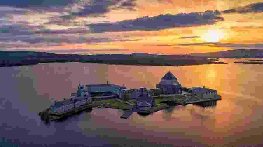 Ilha de Lough Derg, no norte da Irlanda - Reprodução/Facebook