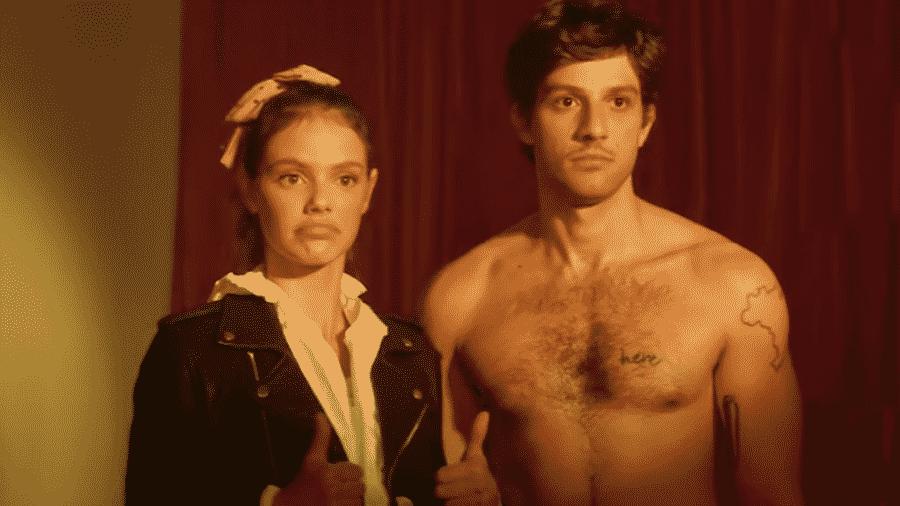 Chay protagonizou clipe de Manu Gavassi, que teve ainda participação de Laura Neiva, esposa do ator - Reprodução/Youtube