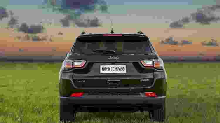 Jeep Compass 2022 Longitude traseira - Divulgação - Divulgação