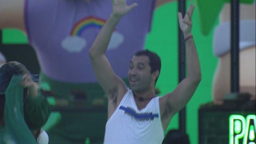 BBB 21: Gil faz apelo aos espectadores do programa - Reprodução/Globoplay