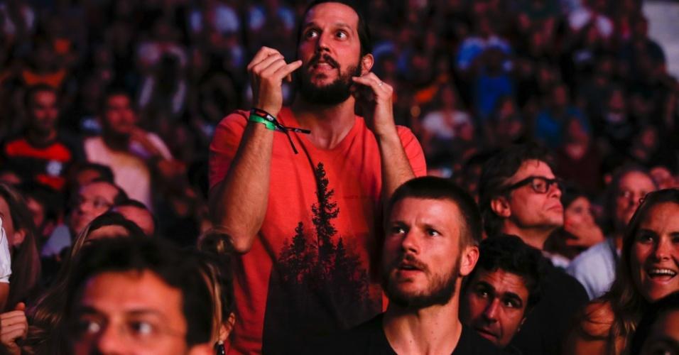 1.ago.2015 - Vladimir Brichta curte o UFC 190 realizado no Rio de Janeiro