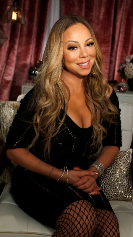 "Mariah Carey no lançamento de ""Mariah""s World"" - Reuters"