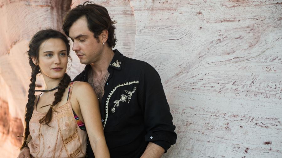 """Clara (Bianca Bin) e Gael (Sergio Guizé) vão ter uma relação violenta em """"O Outro Lado do Paraíso""""   - Divulgação/TVGlobo/Raquel Cunha"""