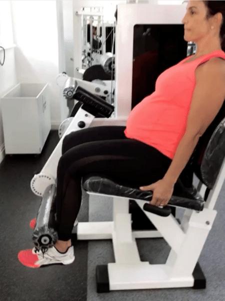 Ivete Sangalo pega pesado na academia - Reprodução/Instagram/ivetesangalo