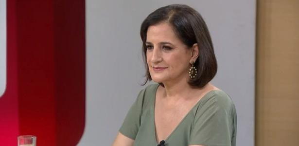 """Monica Waldvogel comandando o """"Entre Aspas"""", a GloboNews"""