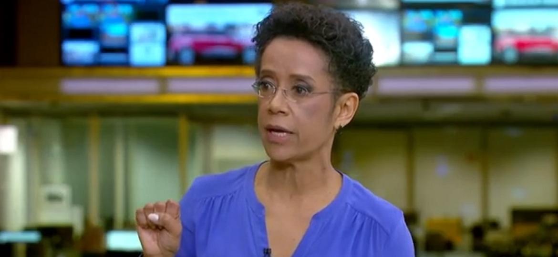 """Zileide Silva  se enrola (de novo!) no """"Jornal Hoje"""" - Reprodução/TV Globo"""