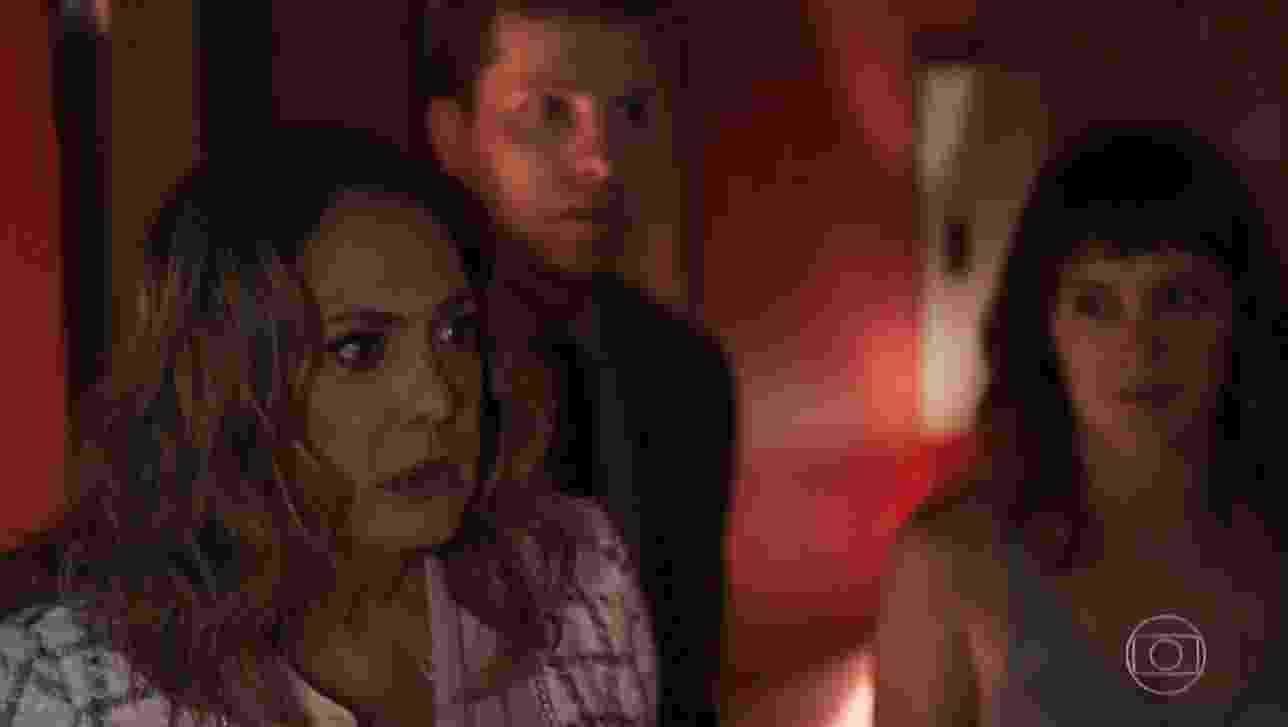 """Em """"Outro Lado"""", Nádia flagra marido com prostituta na """"hora H"""" e web vibra - Reprodução/TV Globo"""