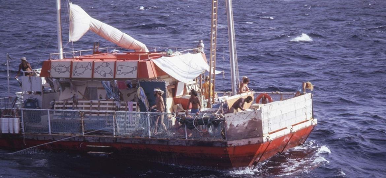 Balsa original do experimento Acali, que em 1973 flutuou durante 101 dias, cruzando o Oceano Atlântico - Divulgação