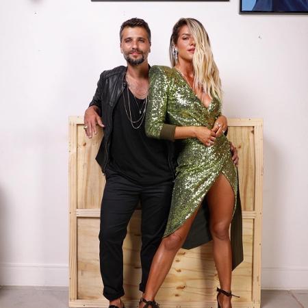 """Bruno Gagliasso e Giovanna Ewbank prontos para a festa de """"O Sétimo Guardião"""" - Reprodução/Instagram"""