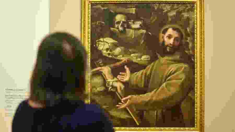 """Imagem da exposição """"São Francisco na Arte de Mestres Italianos"""", em cartaz no Museu Nacional de Belas Artes (MNBA), no Rio - Marcelo Fonseca/Folhapress"""