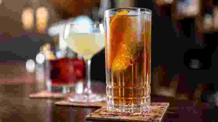 "Aprenda receitas de drinques ""engarrafáveis"" - Unsplash - Unsplash"