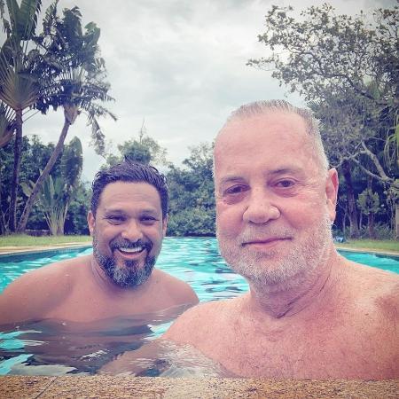 Apesar das complicações com a covid, Luiz Fernando tranquilizou seguidores sobre saúde do marido, Adriano  - Reprodução / Instagram