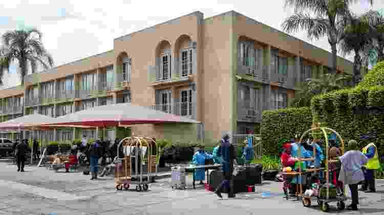 O condado de Los Angeles lançou o projeto Roomkey para levar a população em situação de rua para dentro de hotéis desocupados devido à Covid-19 - Michael Owen Baker/Divulgação - Michael Owen Baker/Divulgação