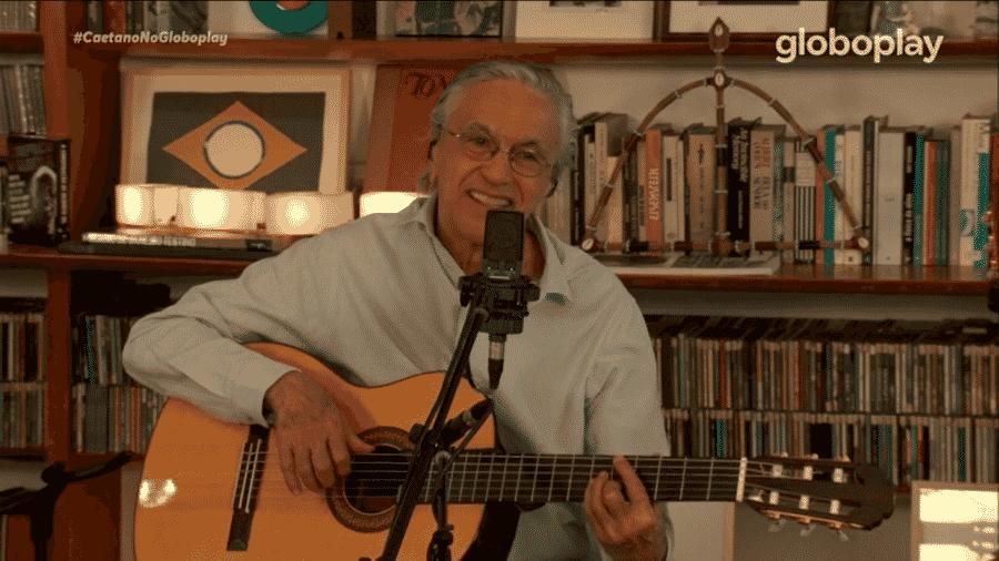 Caetano Veloso em sua live de aniversário de 78 anos - Reprodução