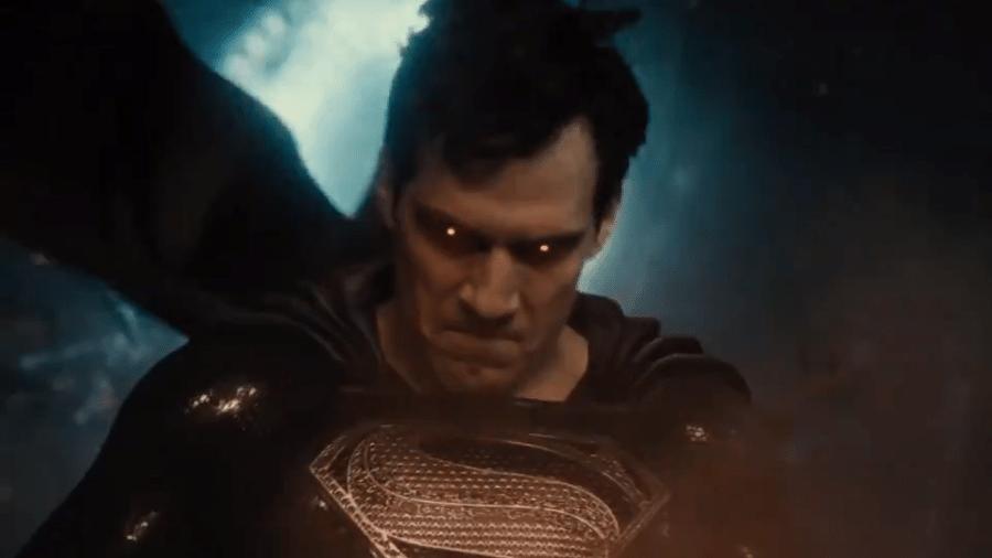"""Super-Homem com uniforme preto em teaser de """"Liga da Justiça"""" - Reprodução"""