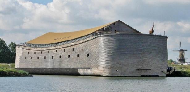 A réplica do que seria a Arca de Noé está hoje na cidade de Dordrecht - Divulgação/Ark of Noah Foundation