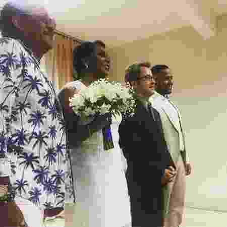 Compadre Washington escolheu uma camisa com estampa de coqueiro para ir ao casamento da filha - Reprodução/Instagram/compadrewashington