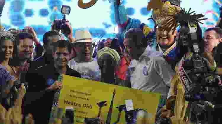 A cerimônia de abertura do Carnaval de Salvador também rendeu homenagens ao escritor, sacerdote e artista plástico Deoscóredes Maximiliano dos Santos, mais conhecido como Mestre Didi, cujo centenário se comemora em 2017 - Fabio Moreno/JC Pereira/AgNews - Fabio Moreno/JC Pereira/AgNews