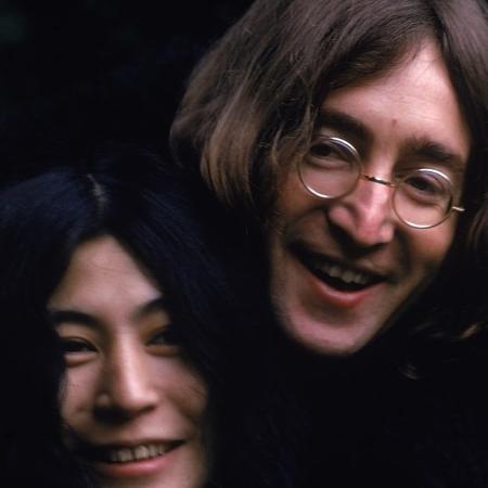 Yoko Ono e John Lennon - Susan Wood/Getty
