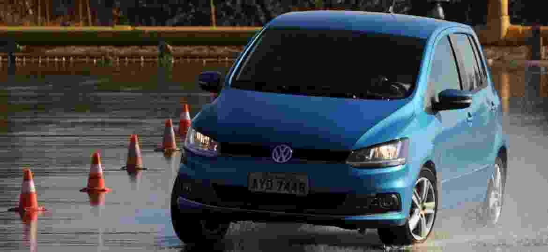 Controle de estabilidade: junto ao ABS, comando eletrônico corrige escorregões ou derrapadas, recolocando carro na trajetória - Murilo Góes/UOL