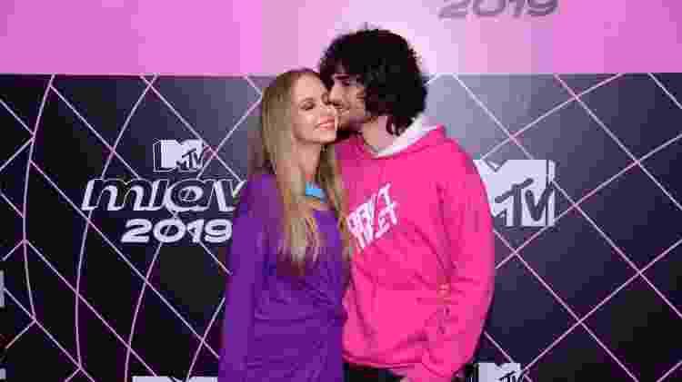 Isabella Scherer ao lado do namorado, Fiuk, no rede carpet do MTV Miaw em 2019 - Thiago Duran/AgNews - Thiago Duran/AgNews