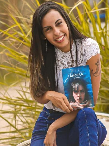 A escritora Esmínia Portman relata agressões sexuais em livro - Arquivo pessoal