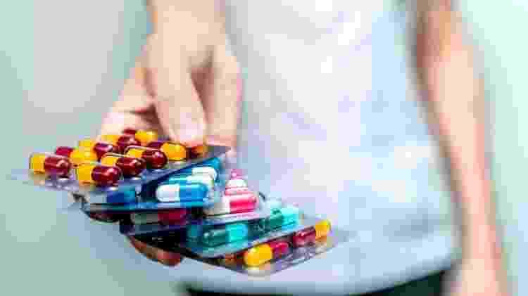 Antibiótico, medicamento, remédios, cápsulas  - iStock - iStock