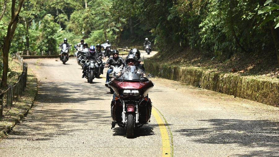 Motociclistas agora podem percorrer o trecho de serra da SP-148 que estava fechado para veículos desde 1985 - Divulgação