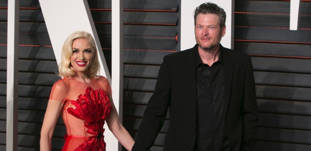 Blake Shelton e Gwen Stefani ficaram próximos após o fim de seus respectivos casamentos no ano passado - AFP