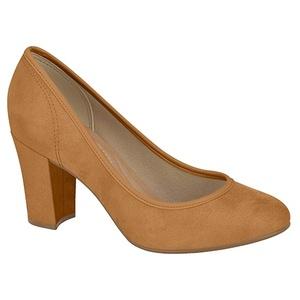 492d64cf38 Salto alto confortável existe e vem em vários modelos de sapato - 18 ...