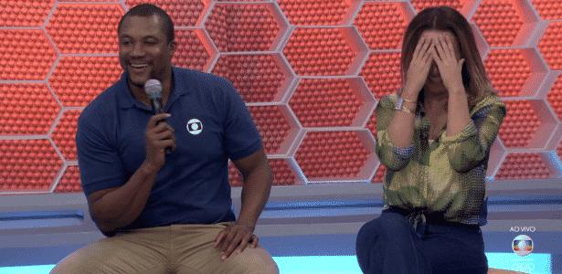 Comentarista da Globo brinca com a atriz da Globo Suzana Pires durante programa - Reprodução/TV Globo