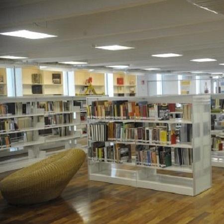 Bibliotecas Parque do Rio fecharam hoje (30) e não há data para voltarem a funcionar - Tomaz/Agência Brasil