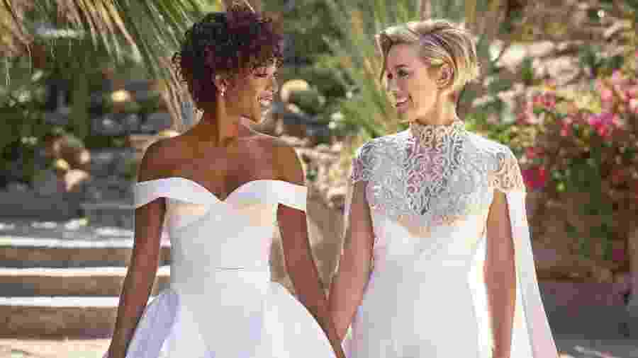 "A atriz Samira Wiley, de ""Orange is the New Black"", se casa com a roteirista da série, Lauren Morelli - Reprodução/Instagram/martha_weddings"