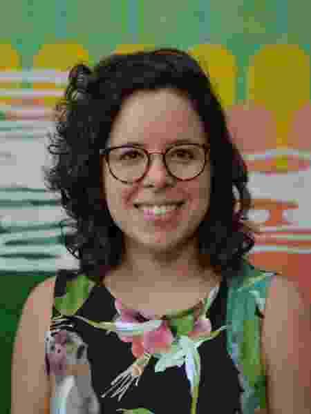 Mariana, criadora da Beta, a robô feminista - Divulgação