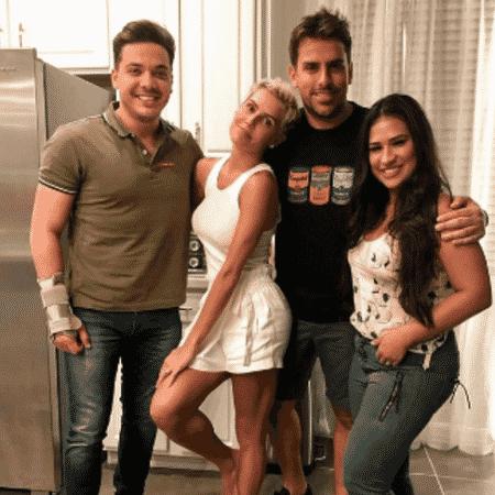 Deborah Secco, Simone, Wesley Safadão e Rodrigo Branco se encontram nos Estados Unidos - Reprodução/Instagram