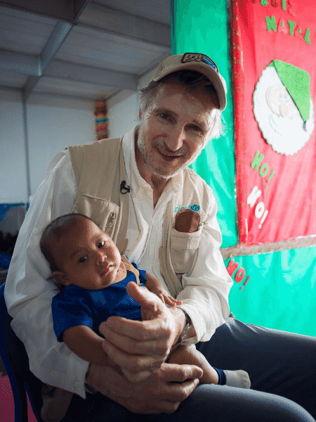 O ator britânico Liam Neeson, embaixador do Fundo da Unicef, visita Roraima  - UNICEF/UNI268689/Hiller
