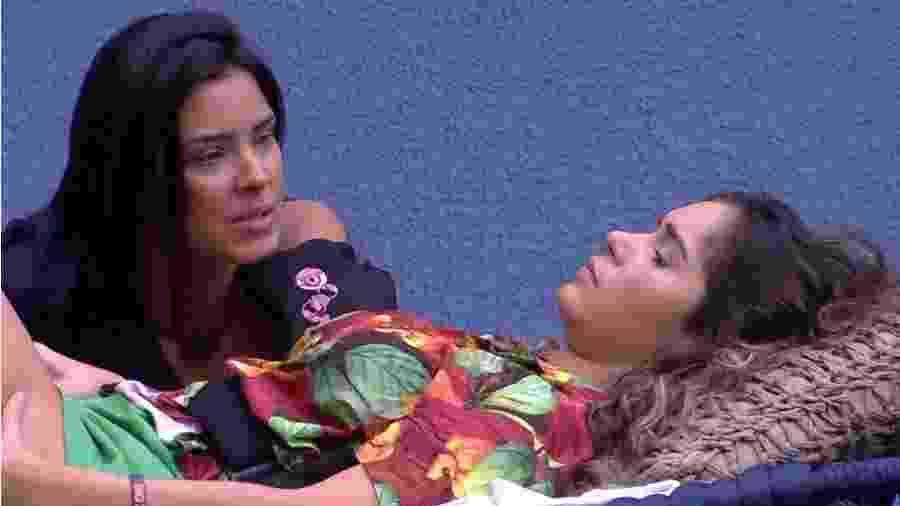 BBB 20: Gizelly comenta fofocas da casa - Reprodução/Globo