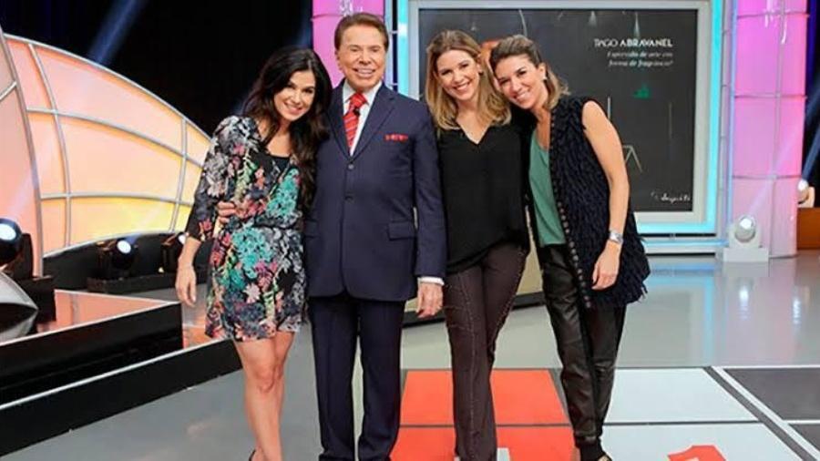 Renata Abravanel, Silvio Santos, Daniela e Rebeca Abravanel - Reprodução