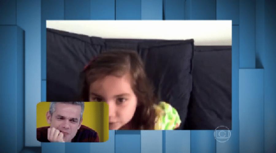 7.ago.2015 - Otaviano Costa se emociona com recado de filha