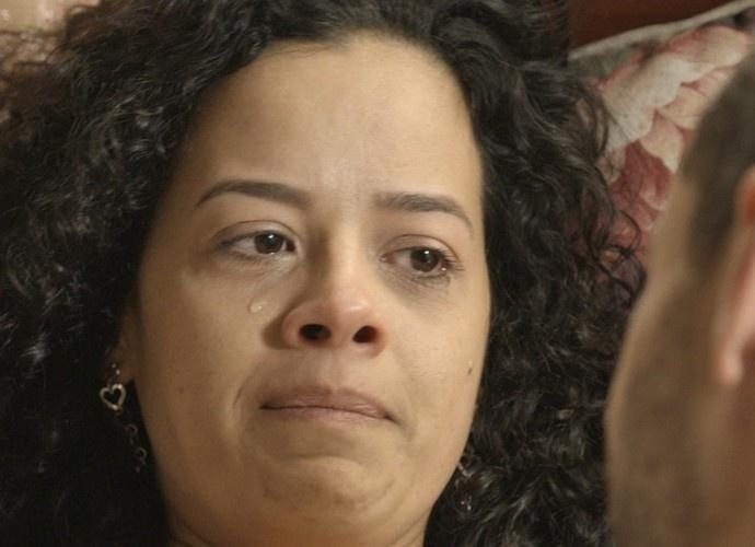 Domingas chora após transar com Cesar: