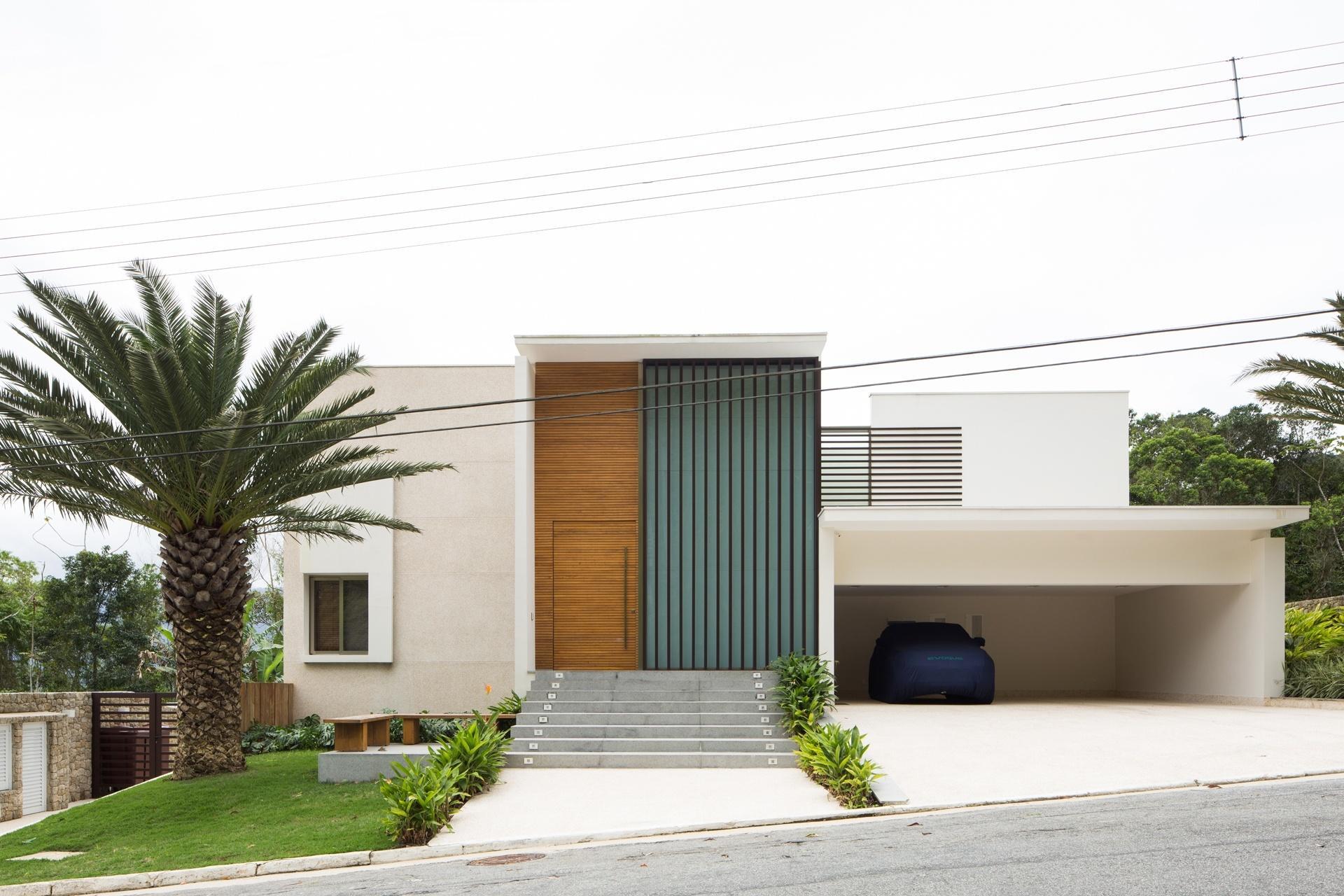 Fotos 12 fachadas bonitas e em diferentes estilos para for Casa minimalista 6 x 12