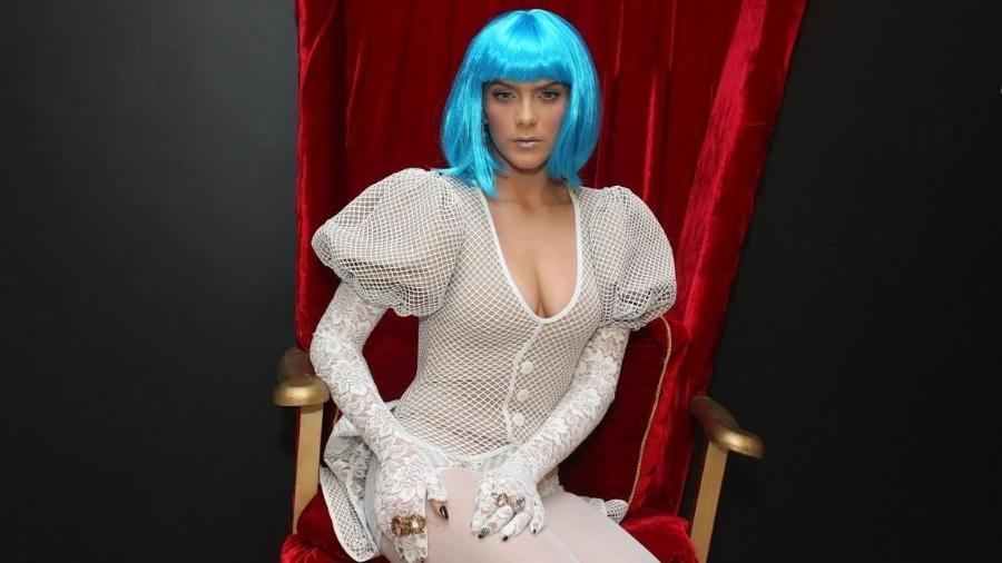 Isabella Santoni usa look inspirado em Alice no País das Maravilhas em sua festa de 22 anos - Marcello Sá Barretto/Ag.News