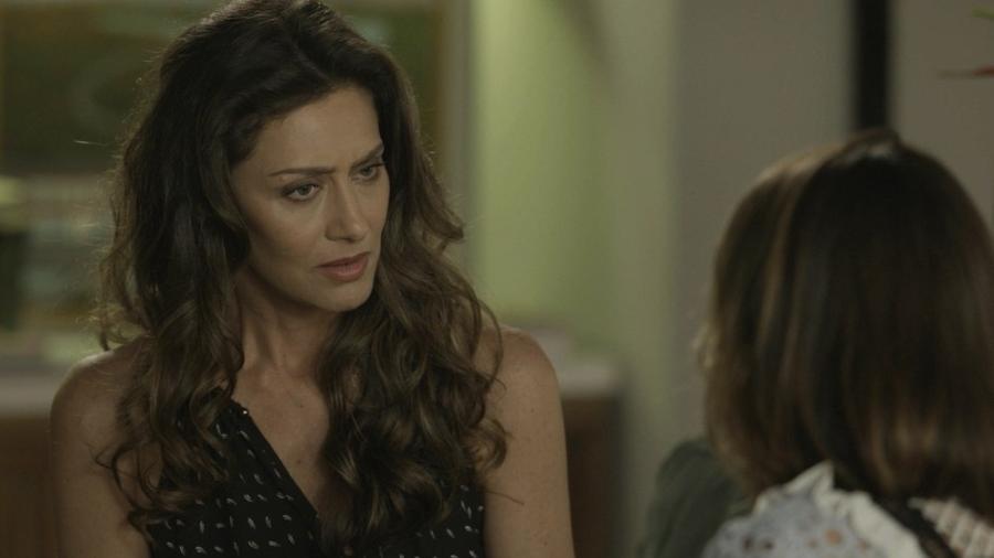 """Em """"A Força do Querer"""", Joyce fica chocada ao saber que Eugênio e Irene estão namorando  - Reprodução/Gshow"""